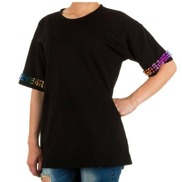 t-shirt zwart met kameleon studs voorkant