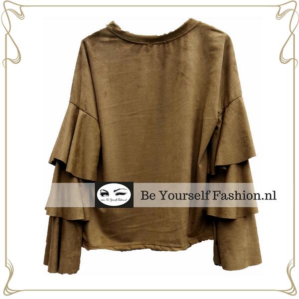 Suéde look blouse licht camel kleur 1 maat L draagbaar tot borstomvang 103 cm