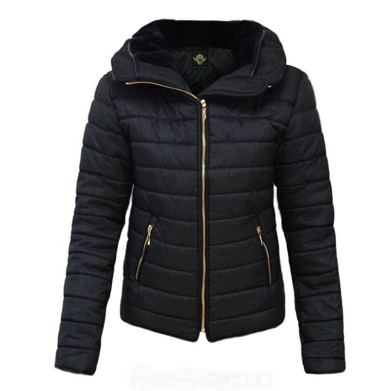 Winterjas gewatteerd met hoge kraag in de kleur zwart